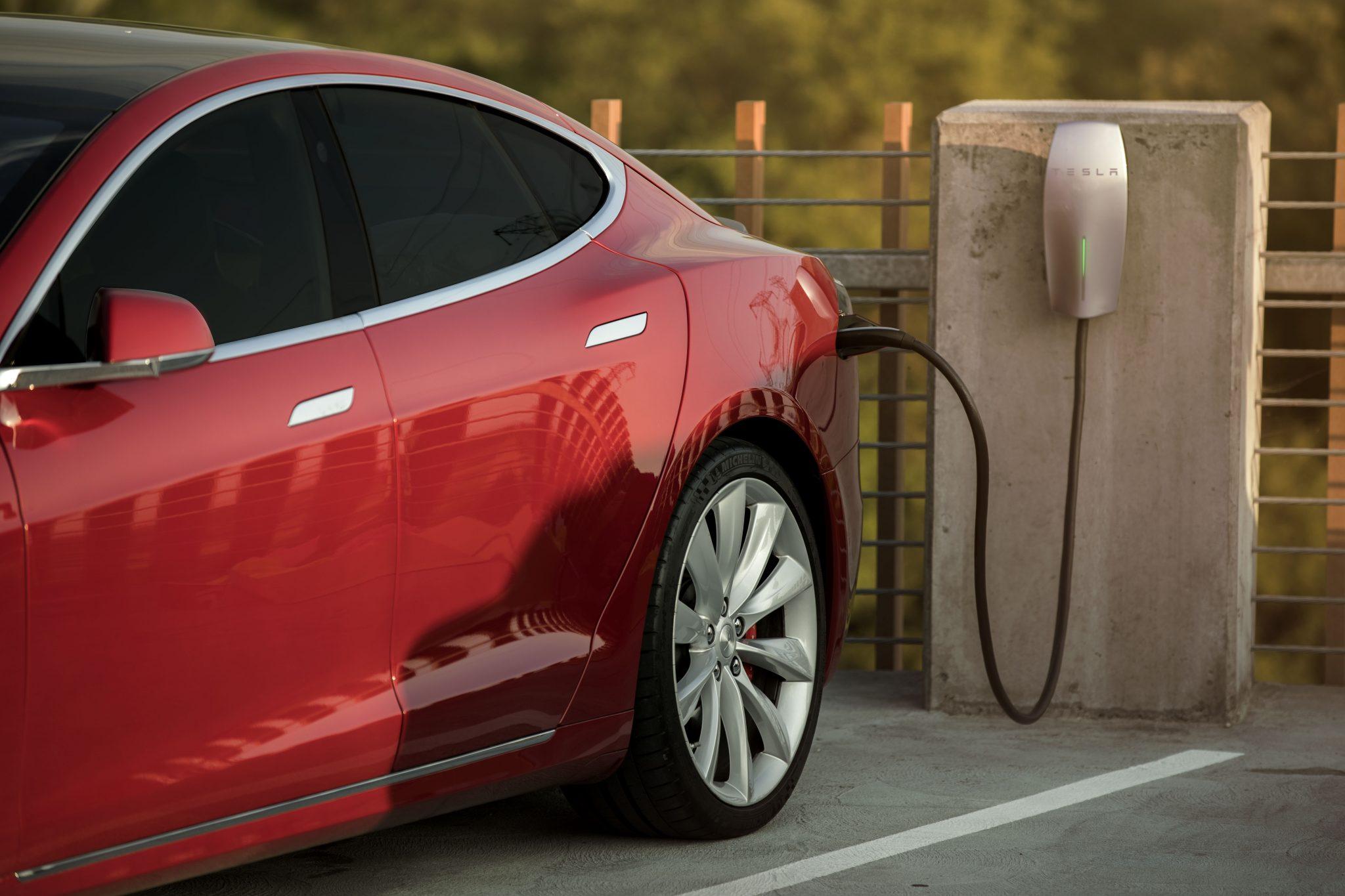 recharge à déstination Tesla