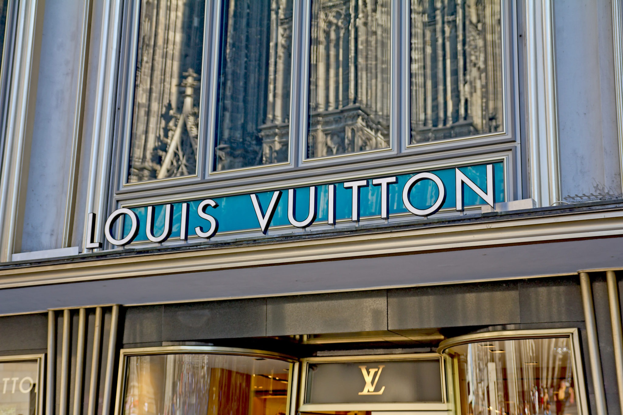 LVMH Bourse Louis Vuitton Sephora Dior