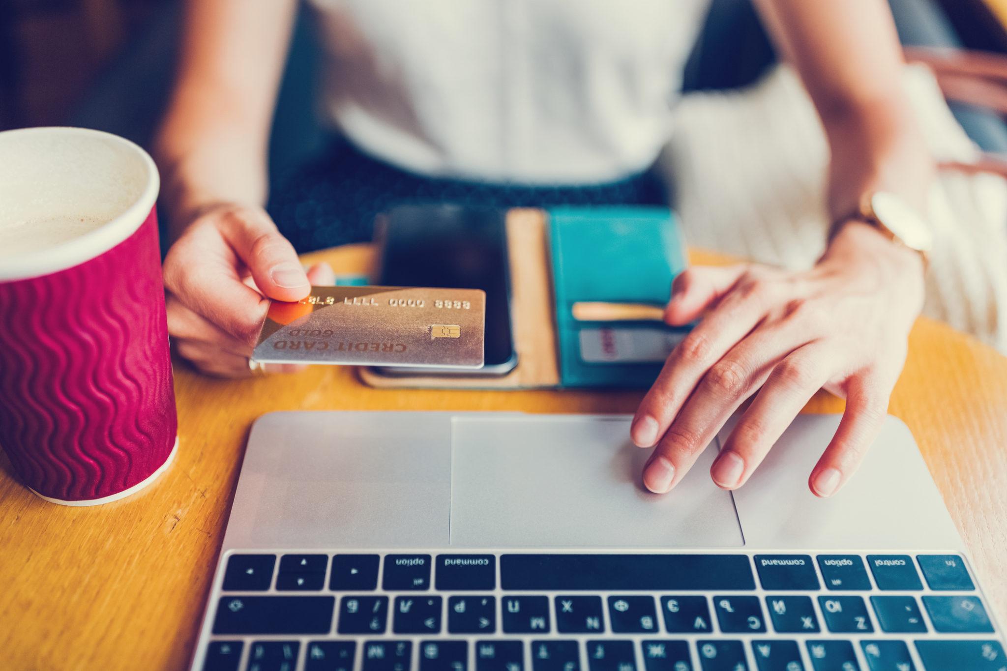 ContrefaçonsContrefaçons internet carte bancaire internet carte cancaire