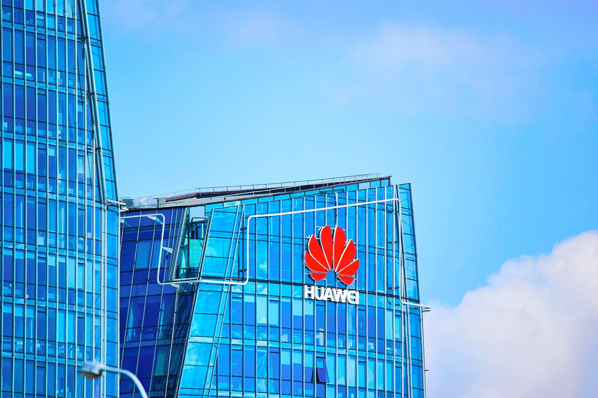 Huawei smartphone smartphones apple iphone samsung