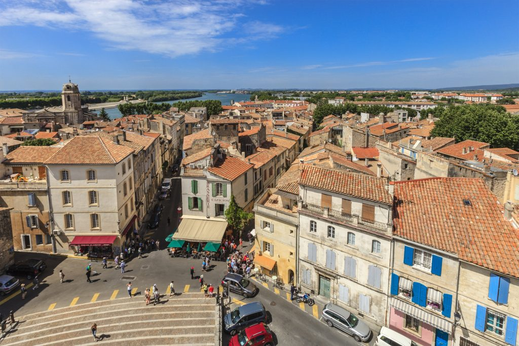 Arles immobilier villes moyennes