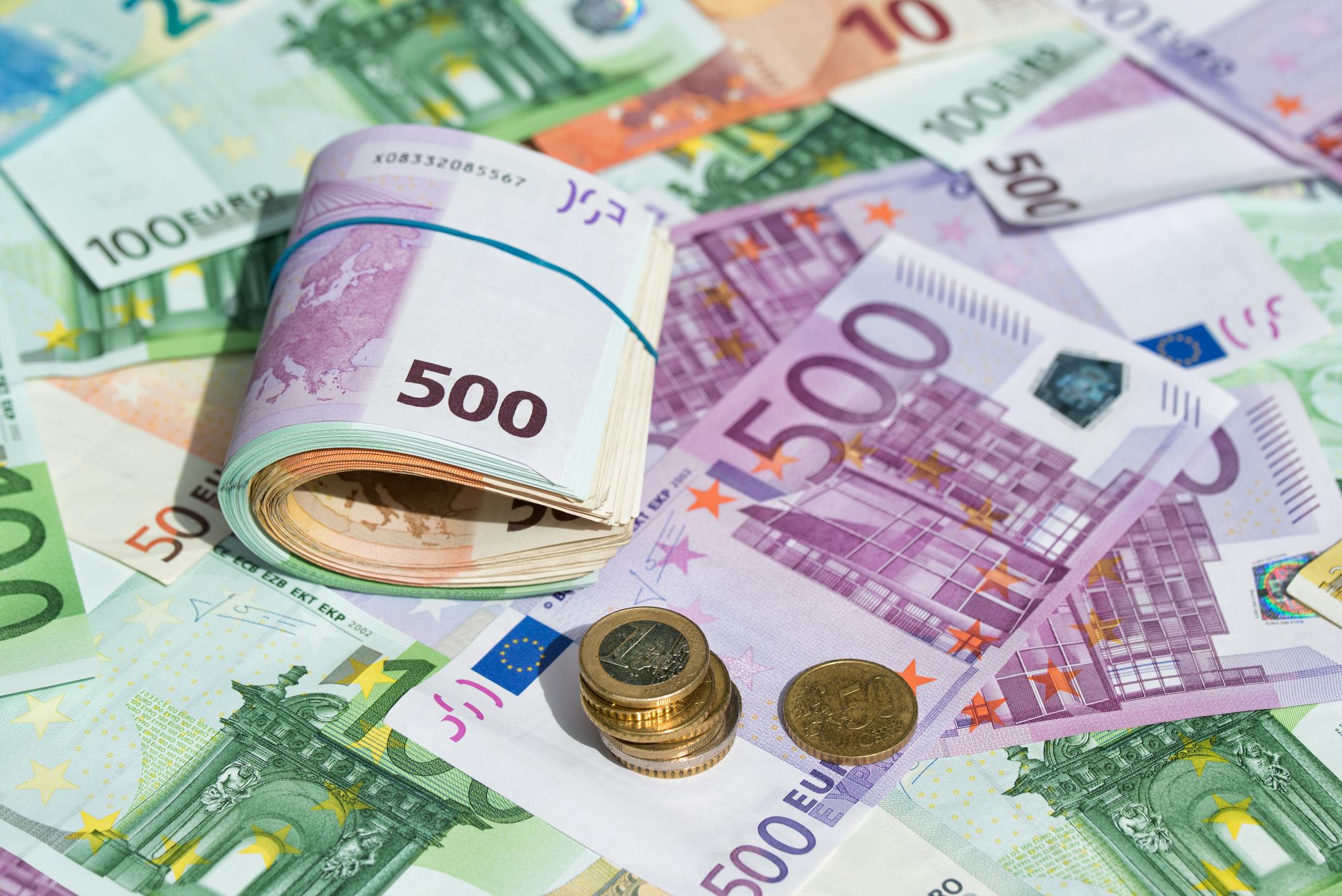 L'investissement immobilier en cash concerne les achats de résidence principale et ceux de résidence secondaire.