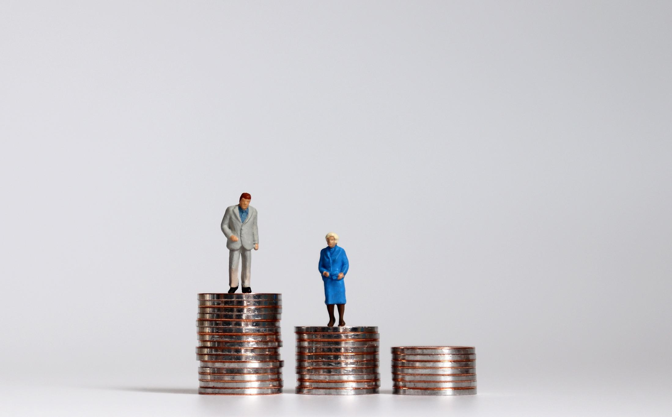 Alors, que le gouvernement s'apprête à se replonger dans la réforme des retraites, quels sont les scénarios envisagés pour trouver de nouvelles ressources ?